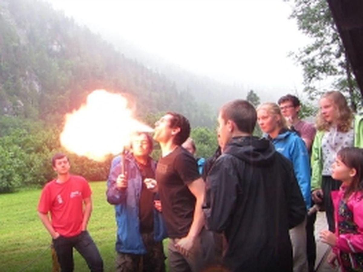 Feuer spucken